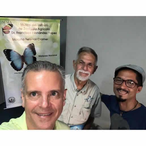 Visita del Prof Tomás Linares de Fundación Amblema y el actor/titiritero José Monsalve
