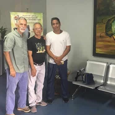 Visita del ilustrador científico Joaquin Salcedoy su hijo Prof. Rodolfo Salcedo de la UPEL Maracay
